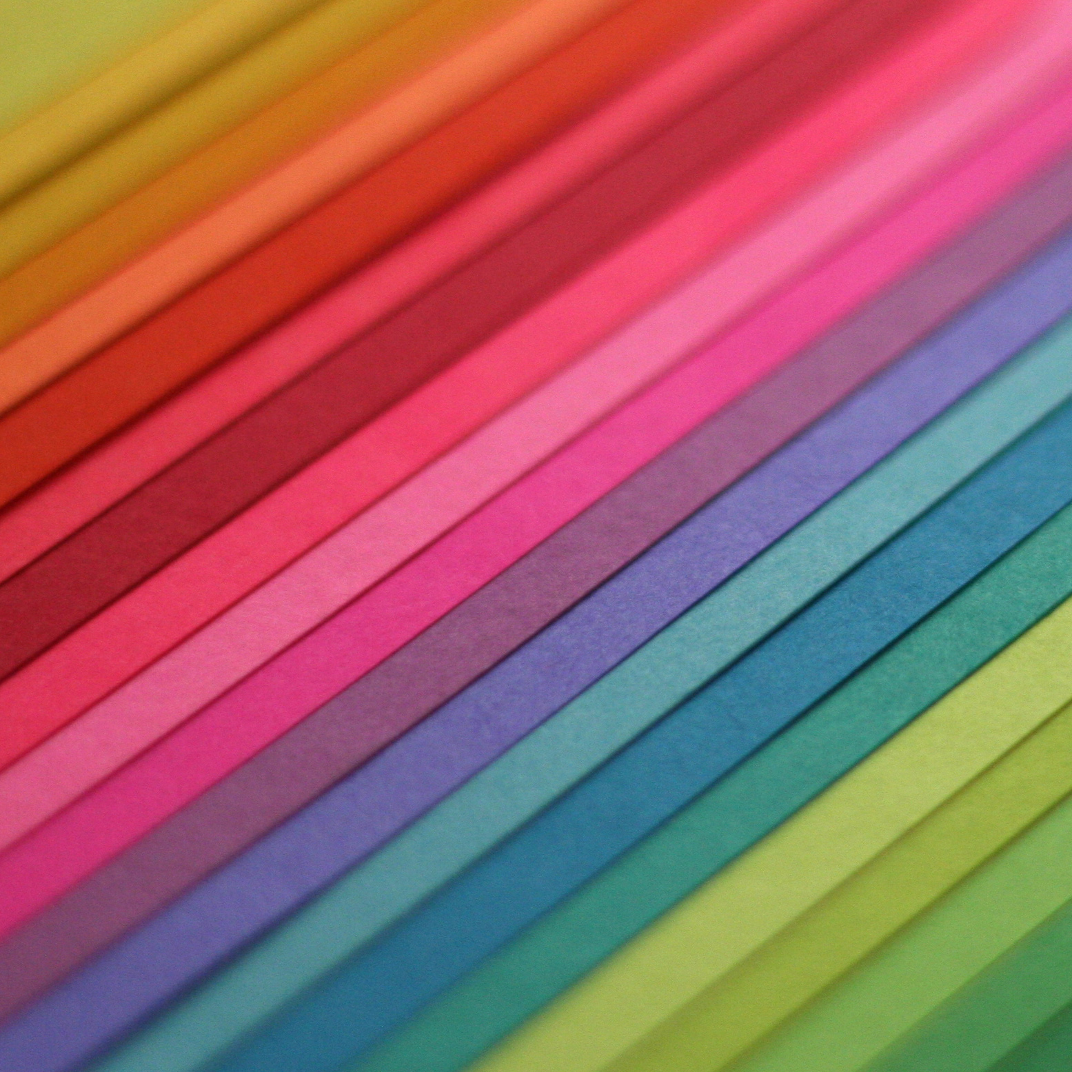 Special Papers and materials   We offer translucent, pearlescent, embossed and synthetic papers for special projects, as well as exotics such as seed-impregnated papers and papers made from algae, sugar cane, animal dung and hemp. We can also source special materials for covers, folders, binders and book bindings. Let us know what you're after, and if it exists DRUK will source it.
