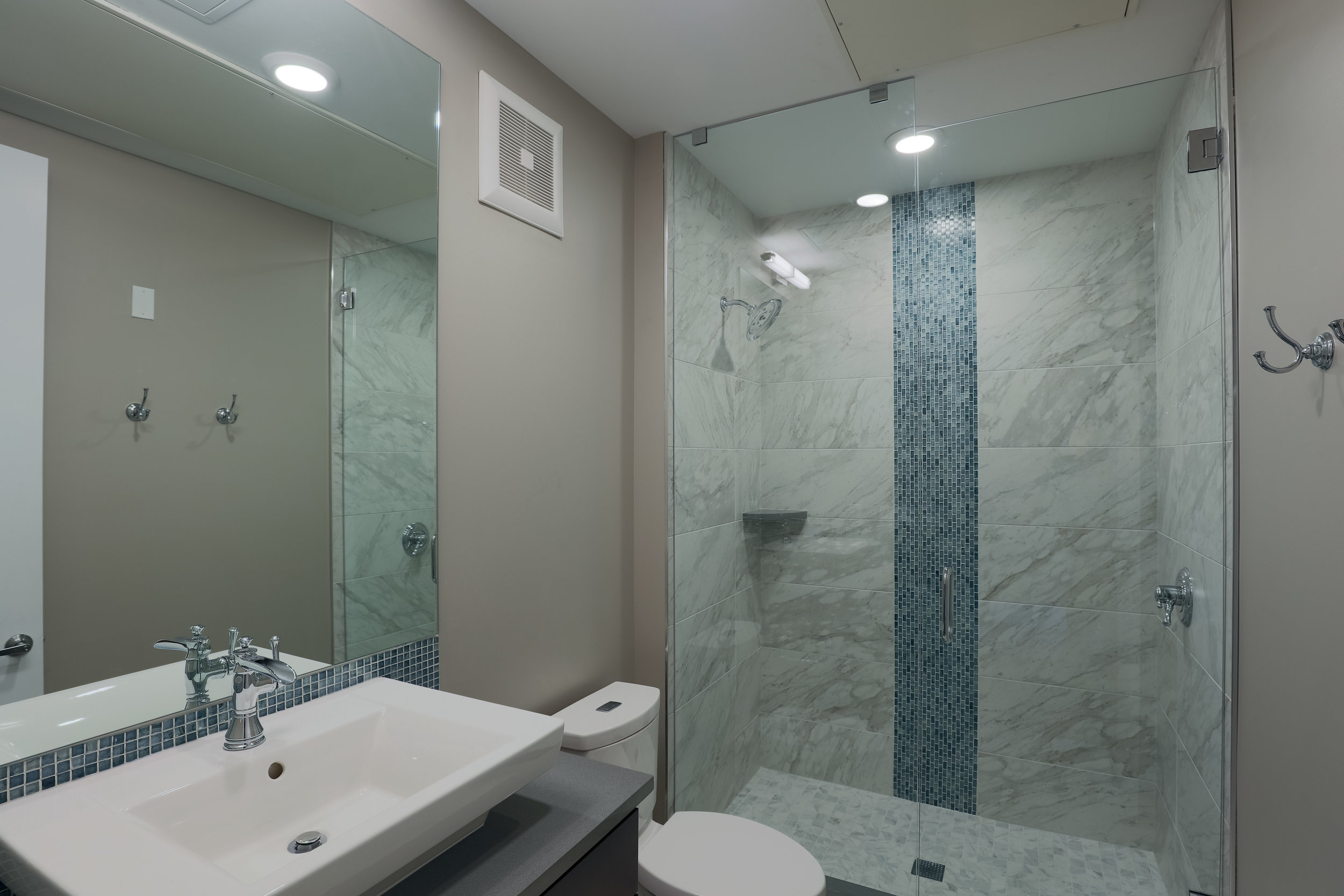 MINERS POINT  | 701 12th Street | Secondary Bath Detail| Sold & Occupied Unit
