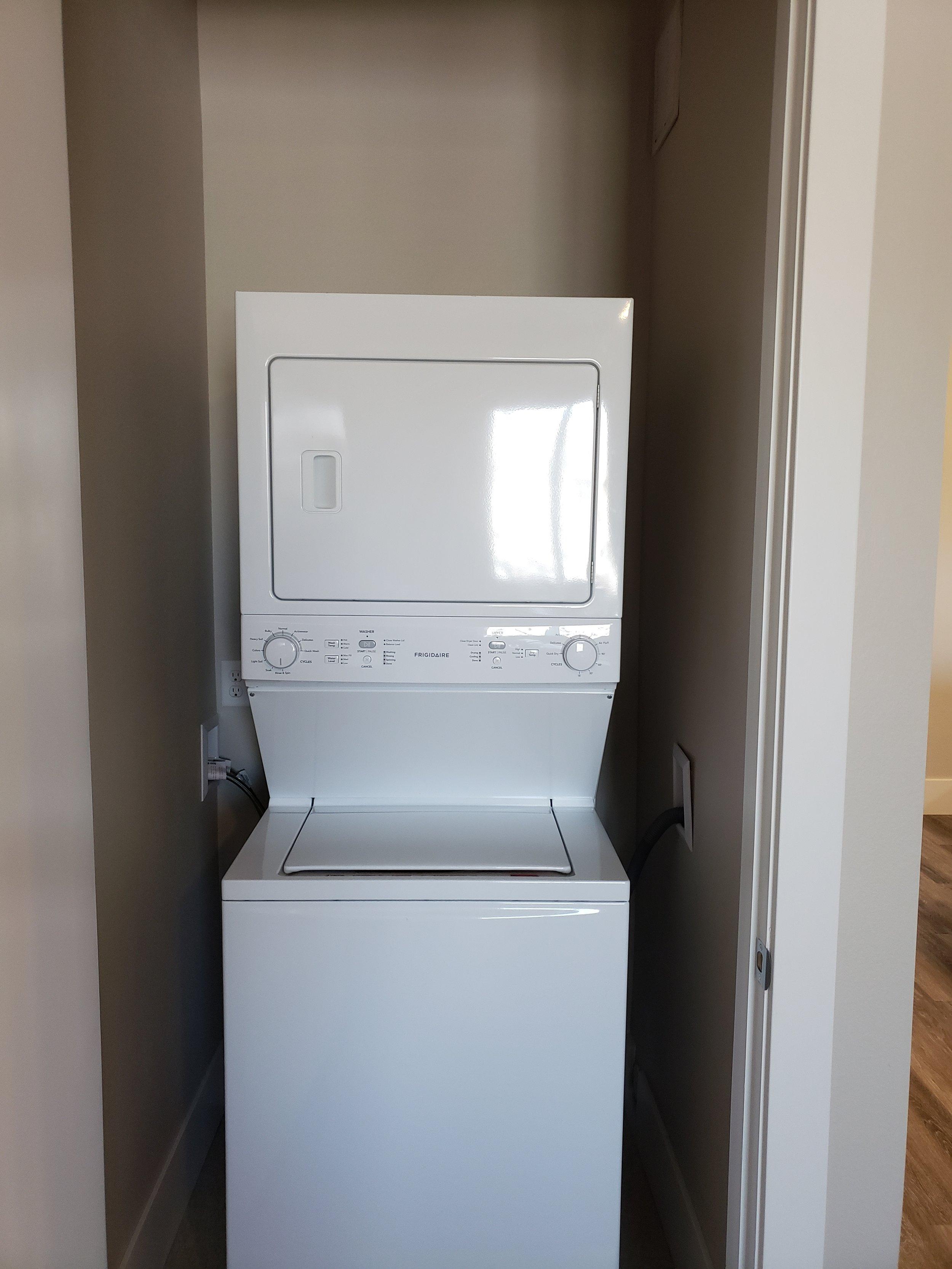 20181219_103219_In-Unit Washer-Dryer.jpg
