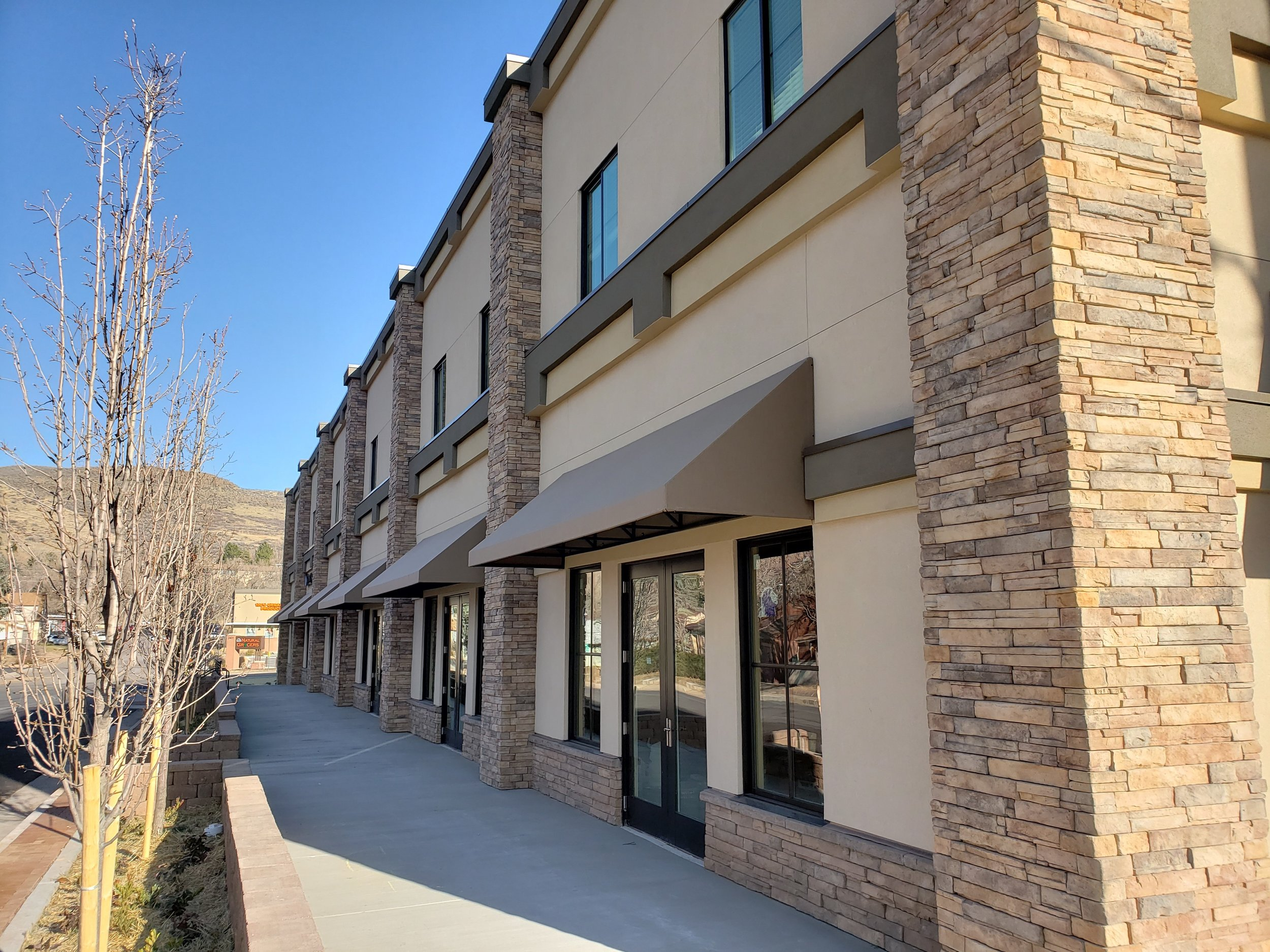 FOSSIL POINT  | Charming Retail Streetscape
