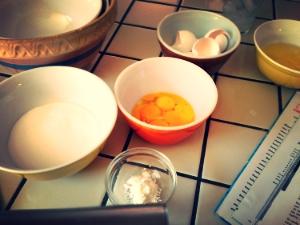Eggs.. Sugar. Cornstarch. Lemon. Simple.