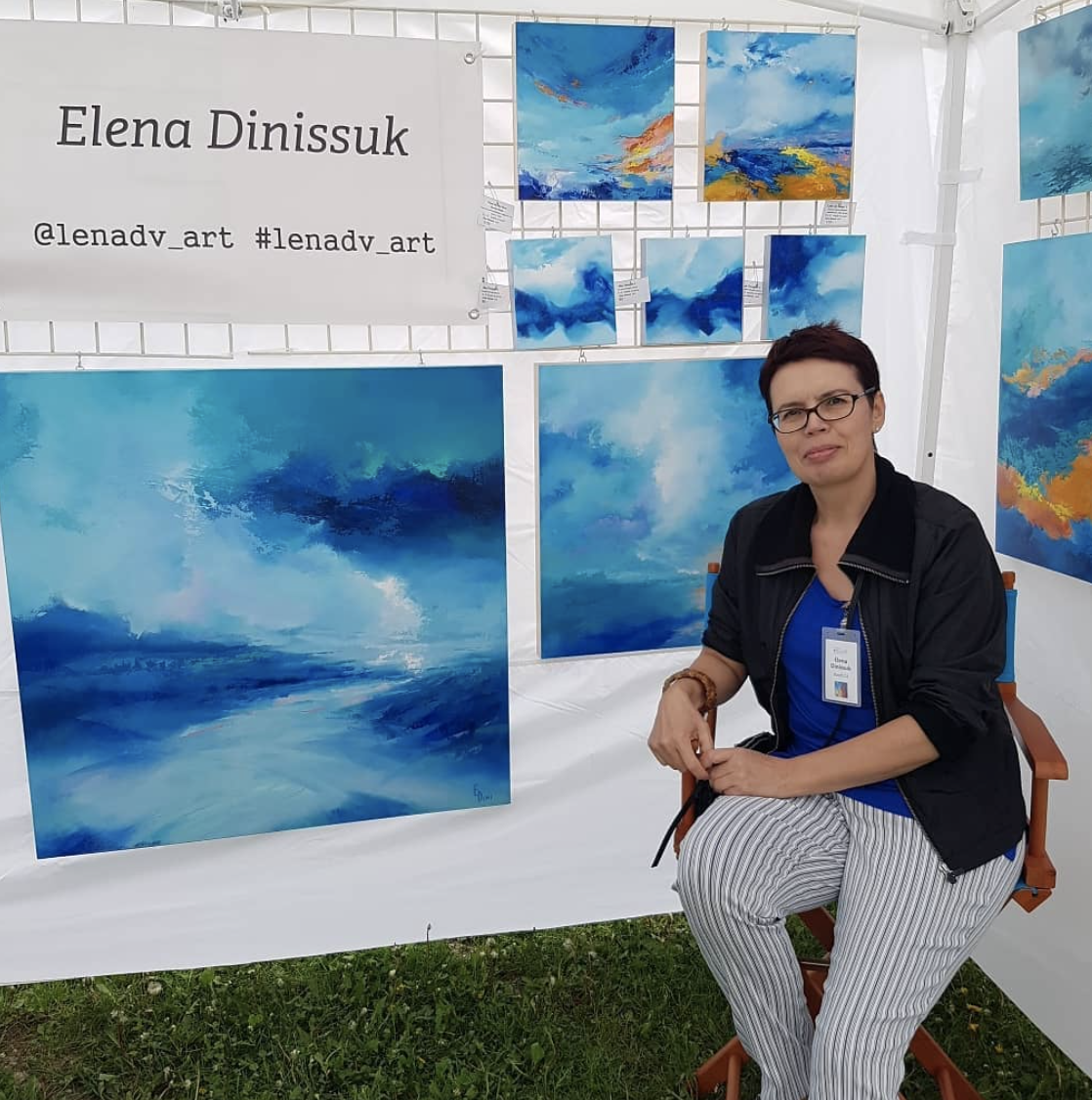 Elena with her work. You can follow her @lenadv_ art and #lenadv_ art