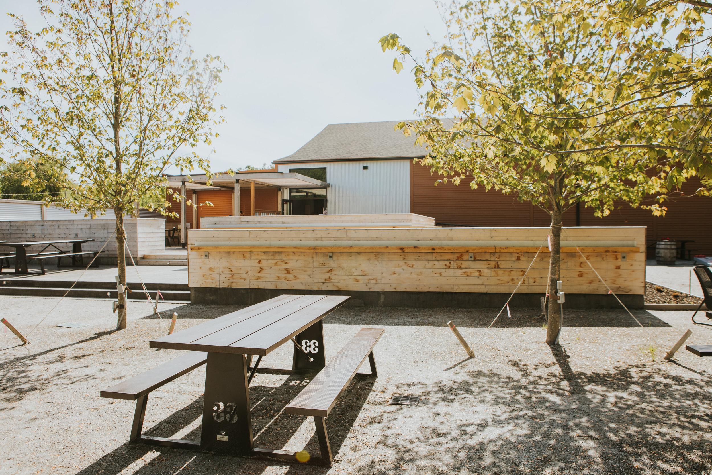 33 Elmwood 33 Garden Spot Westbrook Restaurant Outdoor Space © Heidi Kirn Photography 463653.jpg