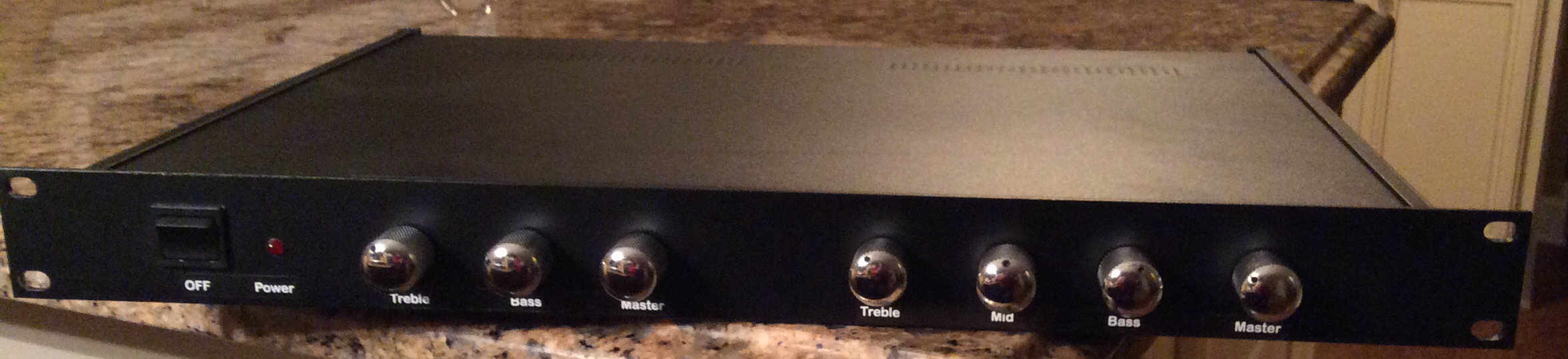 Custom 2 channel all tube handwired preamp in 1U rack, 1 channel is Fender Twin, 2nd channel is Matchless Cheiftain