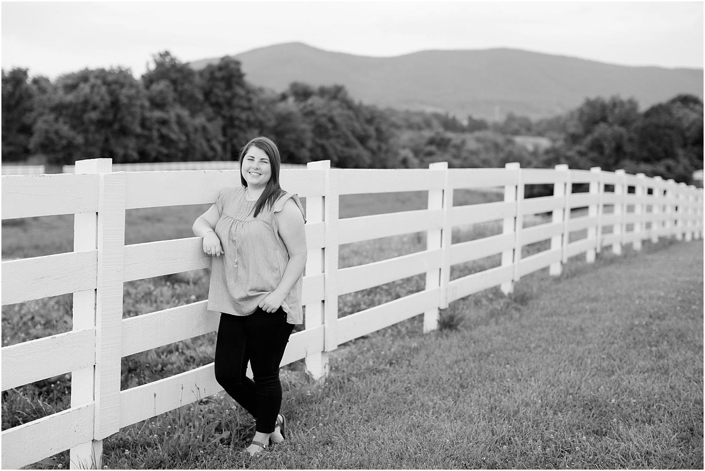 Hollins Virginia Senior Photos Ashley Powell Photography_0046.jpg