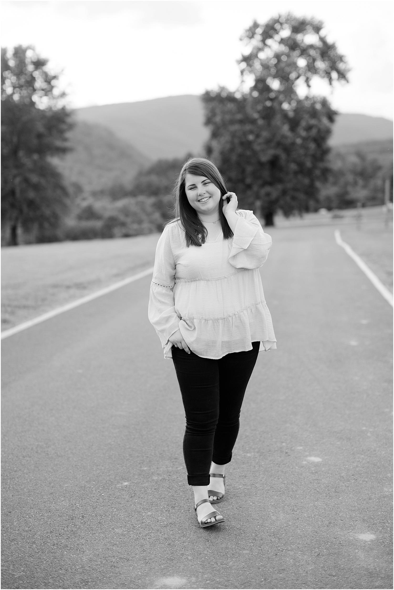 Hollins Virginia Senior Photos Ashley Powell Photography_0047.jpg