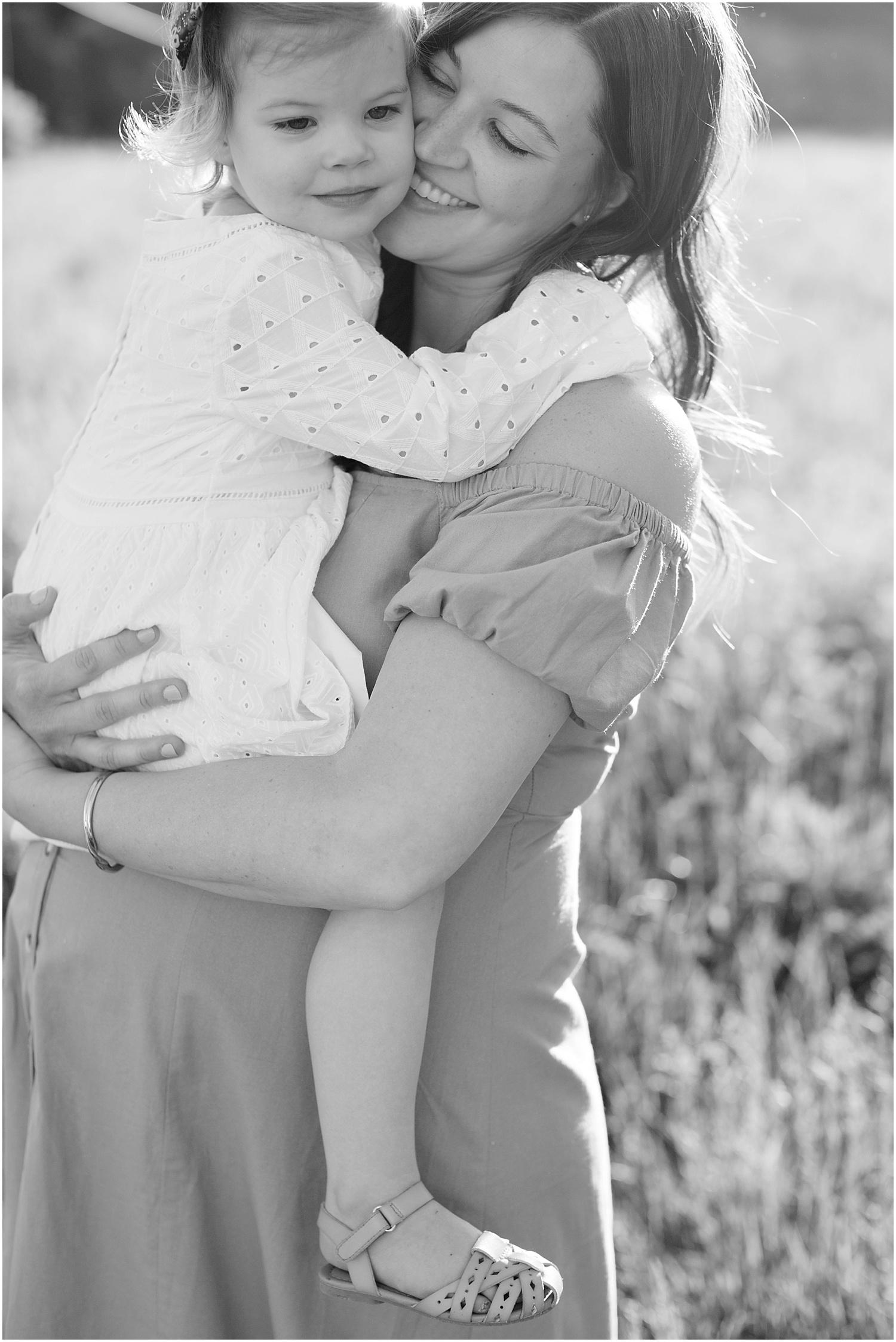 astleigh hill maternity session_0001.jpg