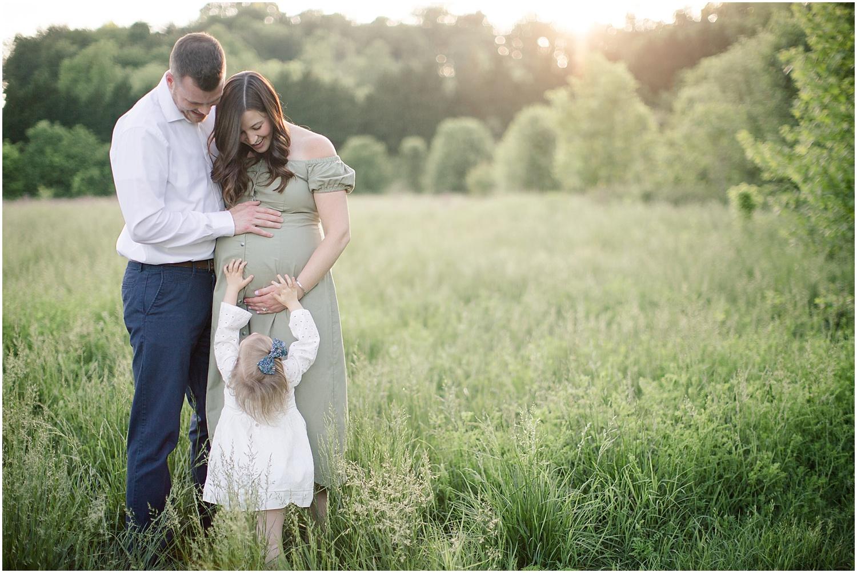 astleigh hill maternity session_0005.jpg