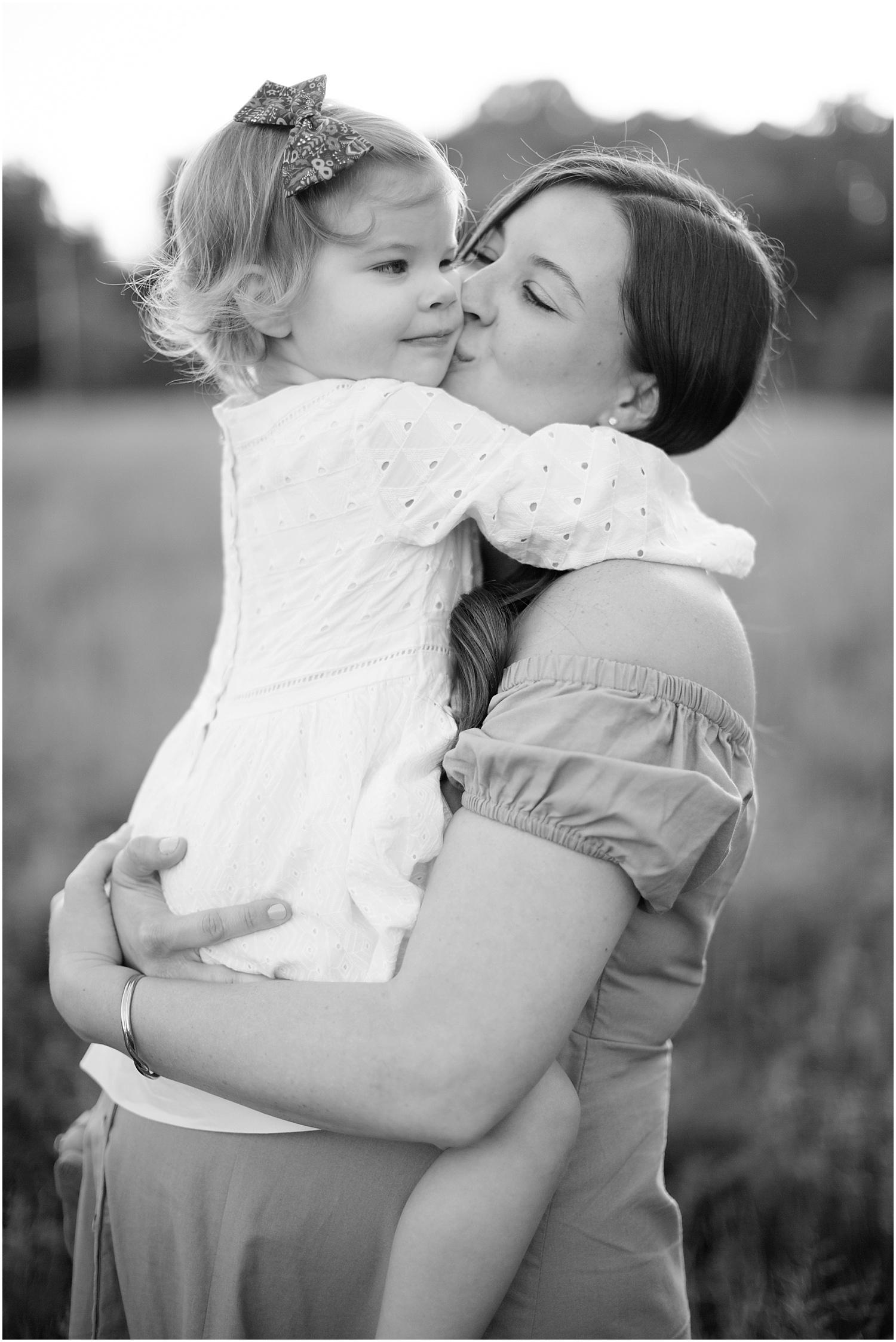 astleigh hill maternity session_0008.jpg