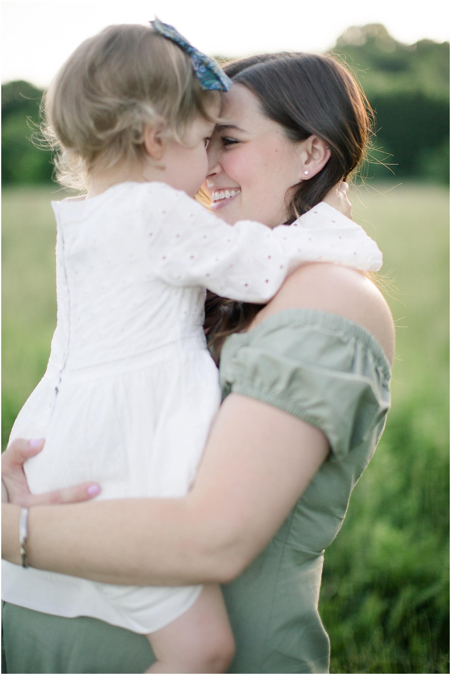 astleigh hill maternity session_0009.jpg