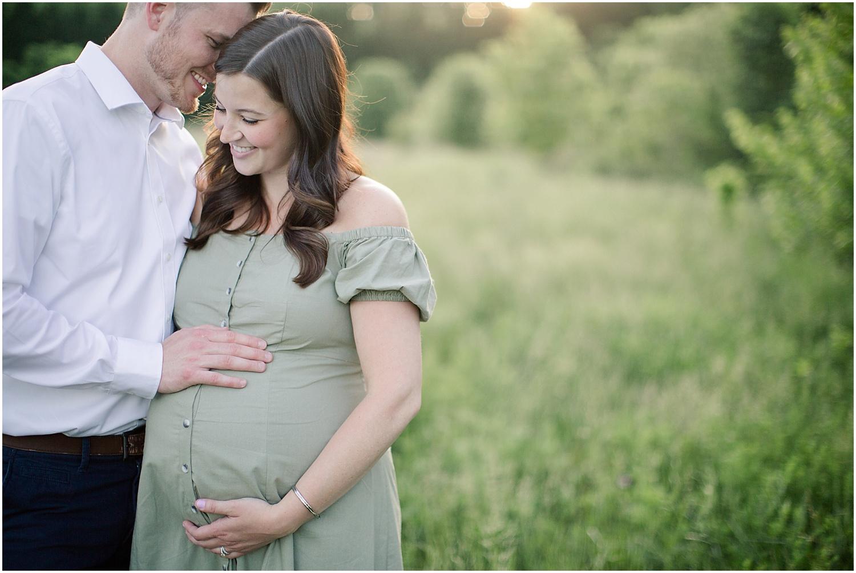 astleigh hill maternity session_0013.jpg