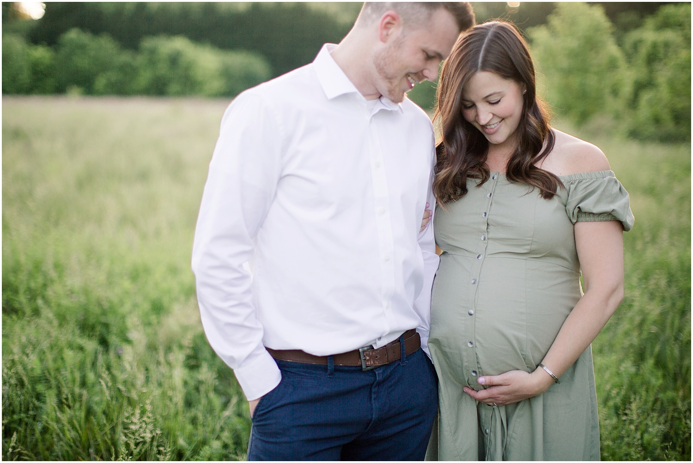 astleigh hill maternity session_0019.jpg