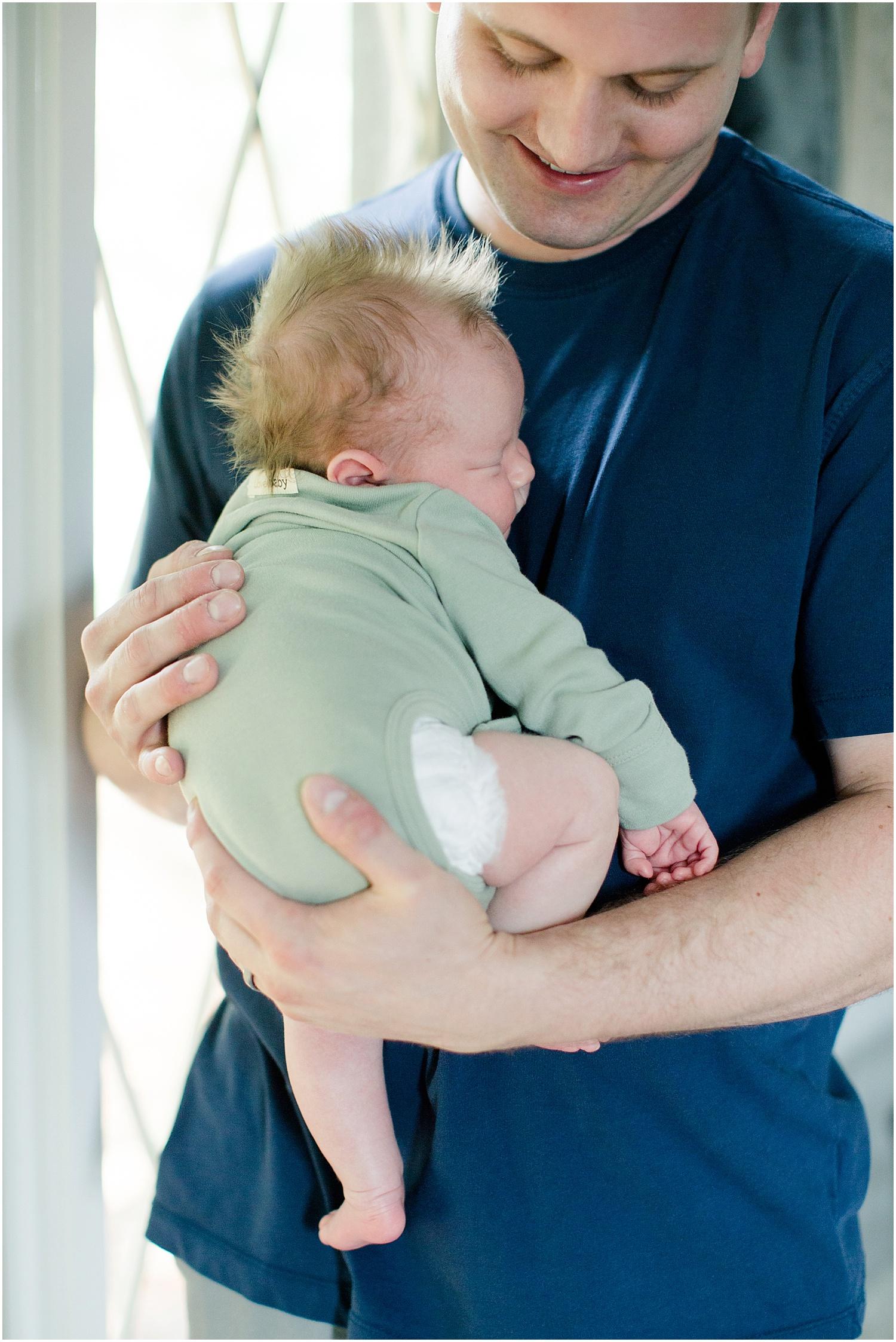 Little Liam's Newborn Session_0016.jpg