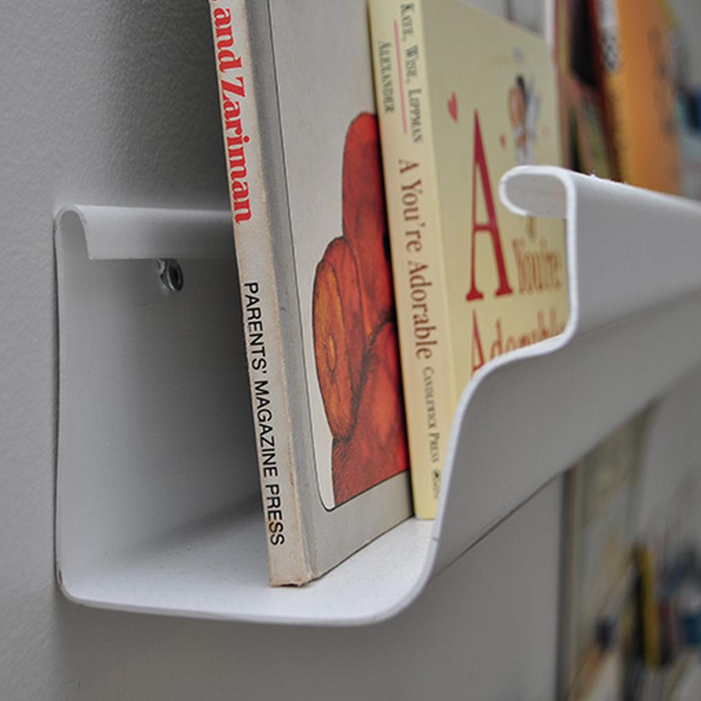 Rain gutter bookshelf without rain gutter end caps