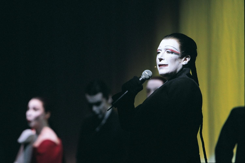 Marianne Faithfull (Pegleg) at the Barbican Theatre, London, 2004