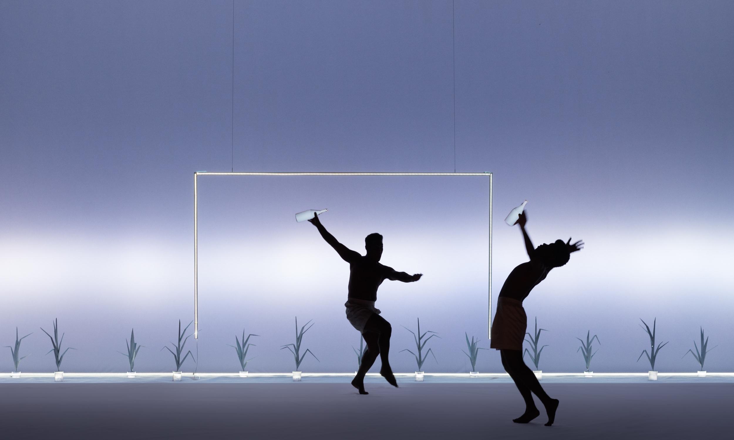 Scene I B - Barefoot Football: Lucas Wickhaus (The Friend), Jhe Oliveira (Garrincha)