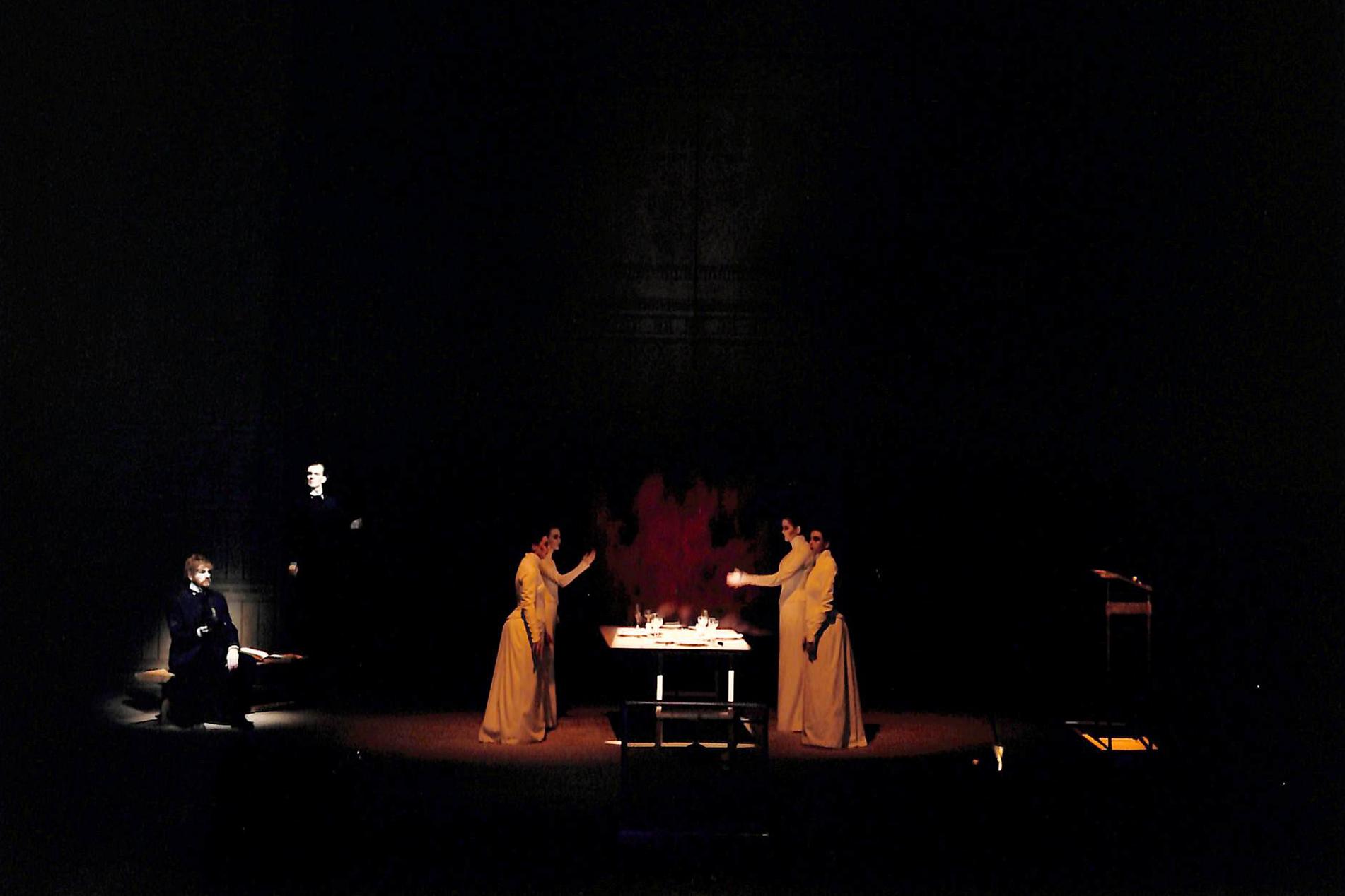 Act V - Howie Seago (Enkidu), Martin Wuttke (Gilgamesh), Corin Curschellas, Anita Köhler, Vera Schrankl, Monika Tahal (Ladies)