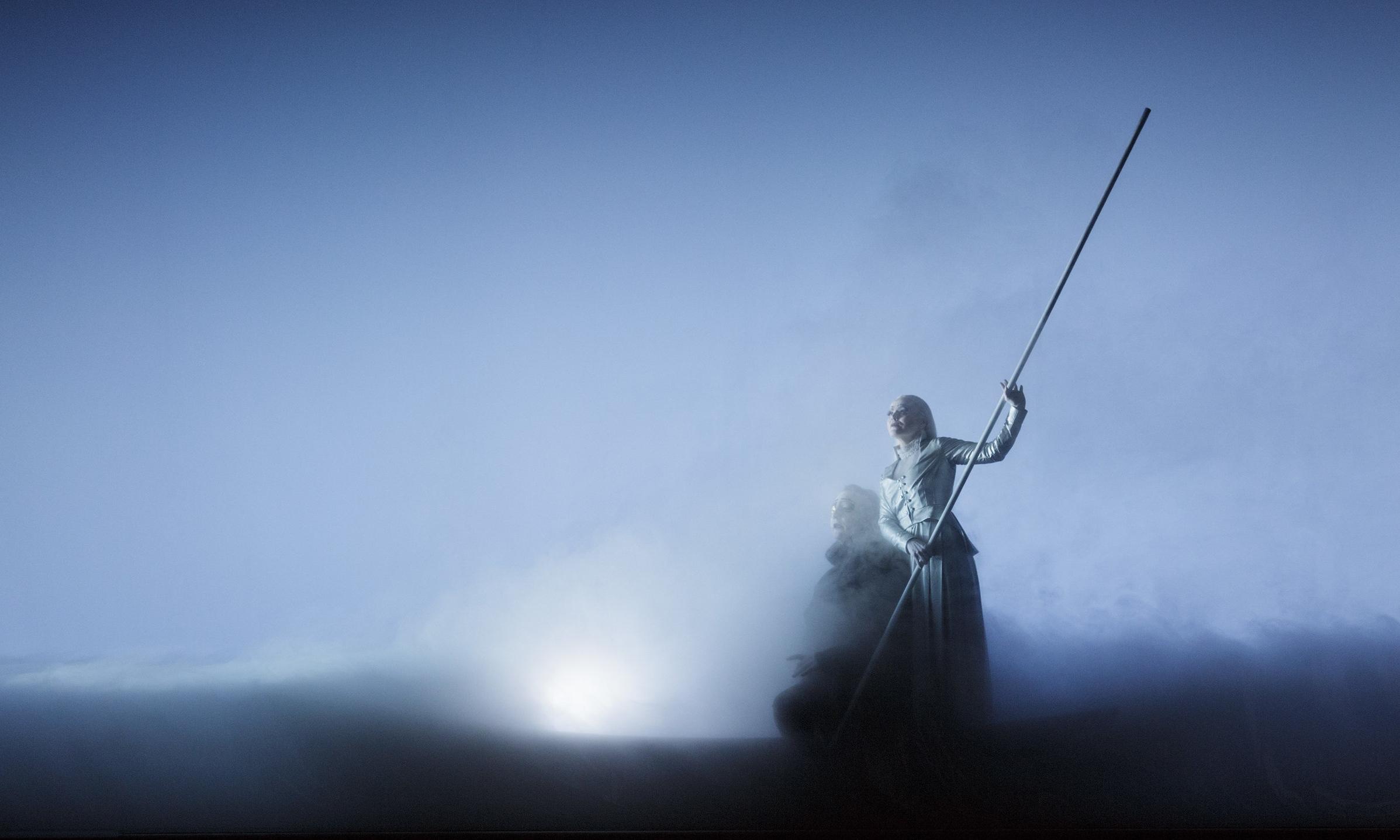 Kneeplay 5 - Epilogue: Henrik Rafaelsen (Odin), Gjertrud Jynge (Volva)