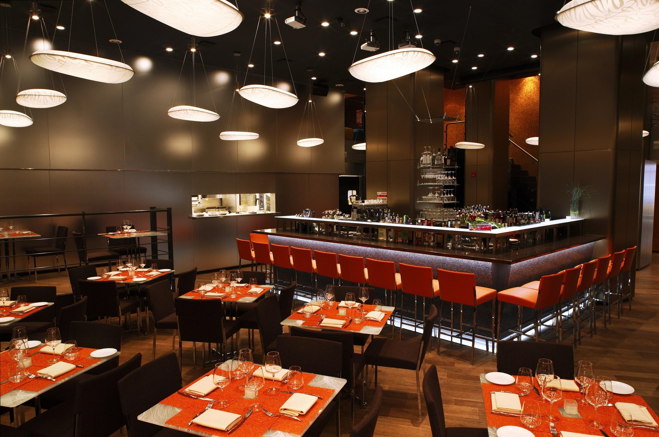 Zorzi Restaurant (2).jpg