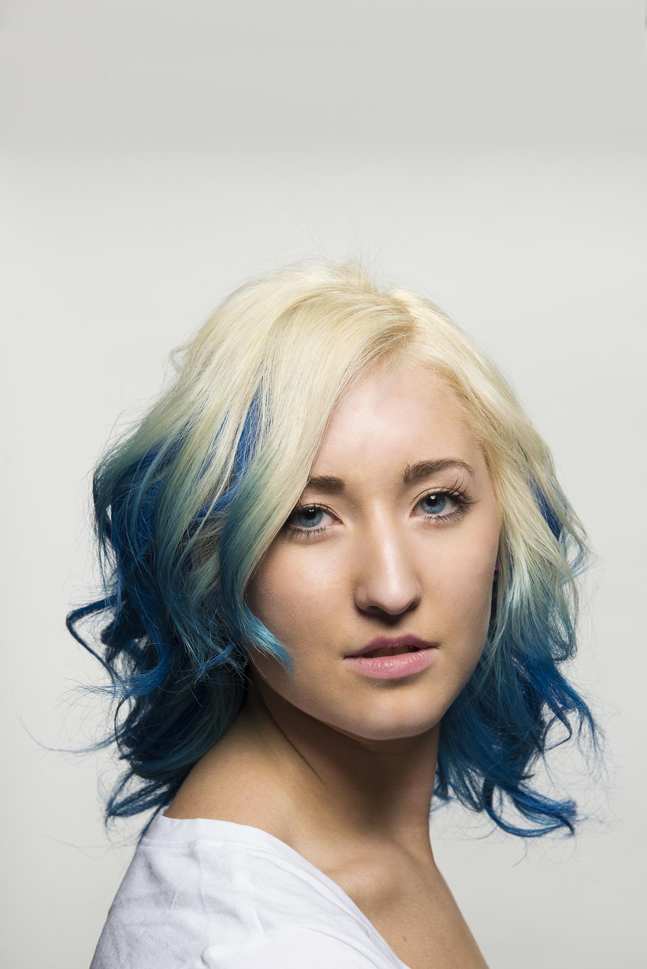 blue9.jpg
