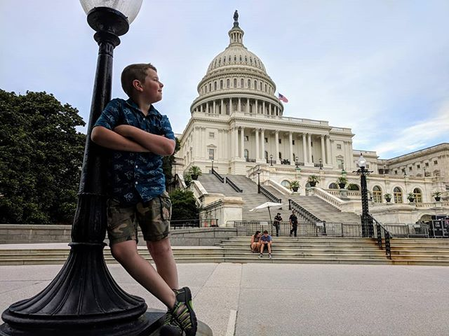 Hanging with my buddy, Daniel at the Capitol Building. Great day for an evening concert.  #usnavyband #dcportraitphotographer  #uscapitolbuilding #aspinwallphotographics