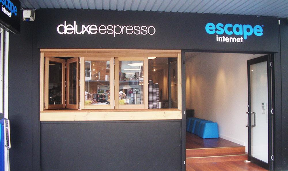 getmocreative_deluxeespresso_photo01.jpg