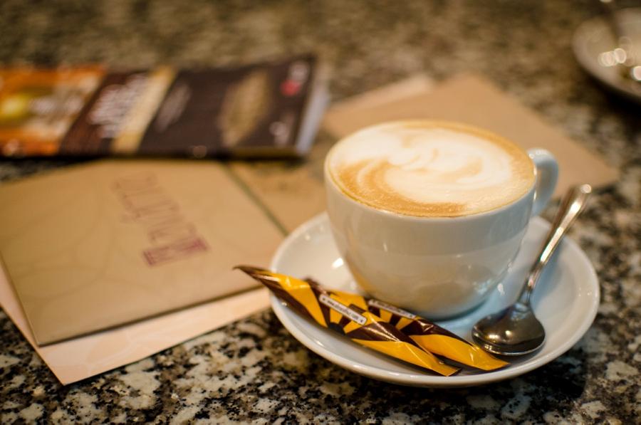 cafe-lucerna-in-prag-cappuccino
