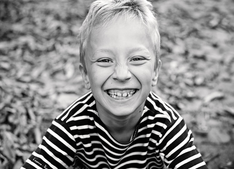 kinderfotos-berlin-schwarzweiss-friedrichshain