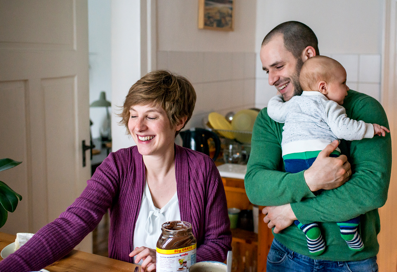 baby-eltern-zuhause-fotos