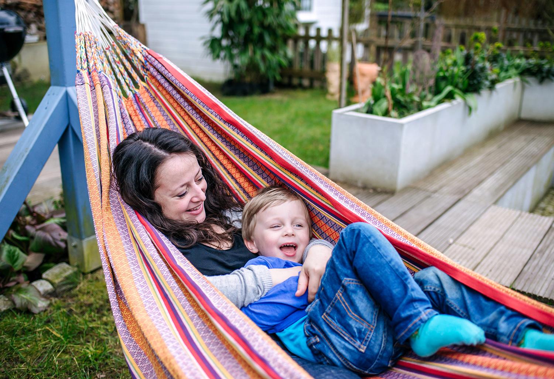 entspanntes-familienshooting-zuhause