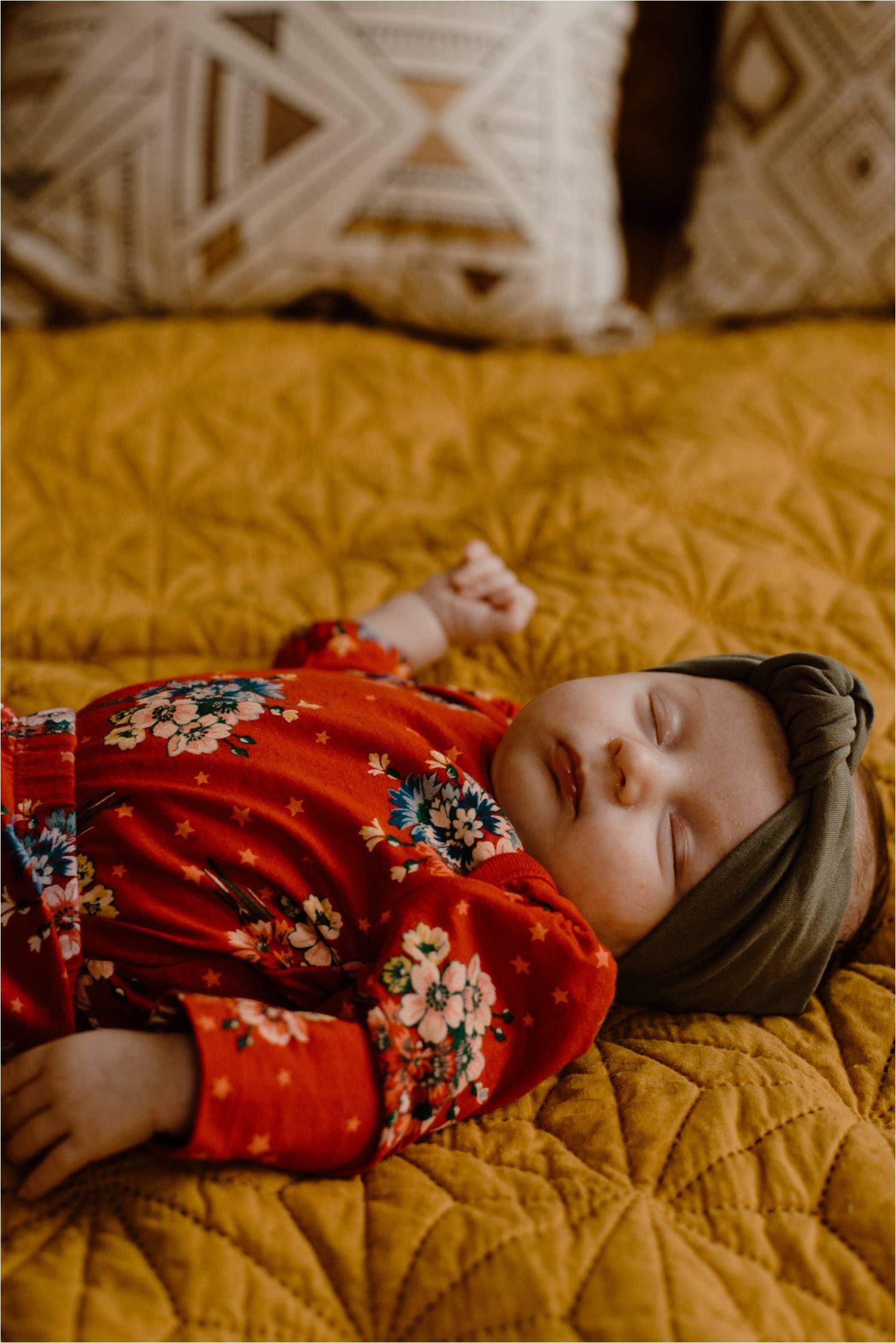 at home newborn photos - jersey city newborn photographer - jersey city newborn shoot - lifestyle photographer