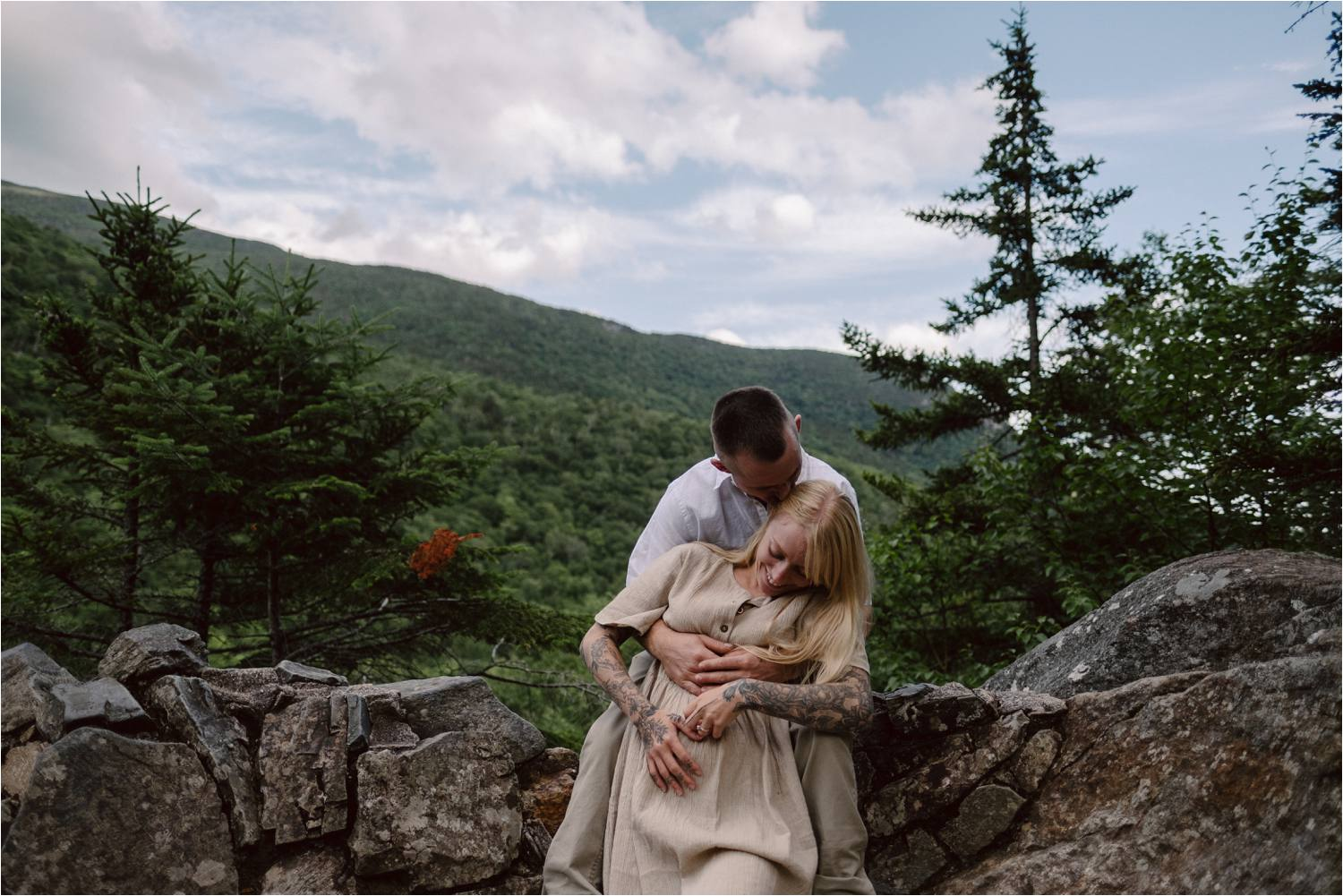 New Hampshire White Mountains Pregnancy Announcement with Tattooed Couple - Jemima