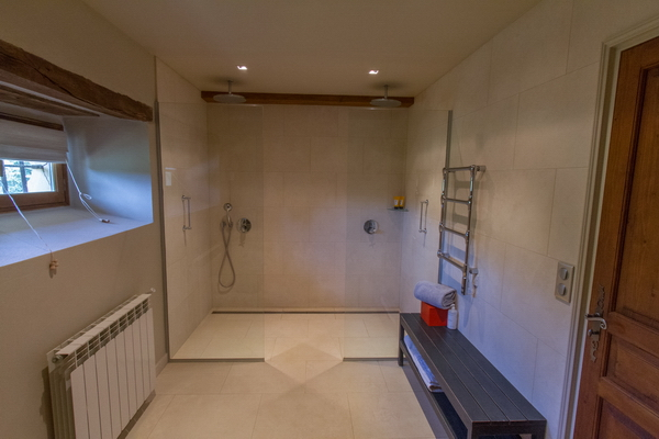 Downstairs shower room II.jpg