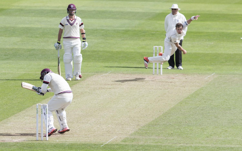 Cricket Blanco I Sports Photography