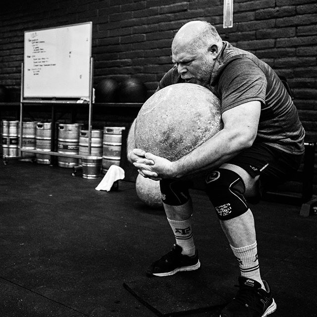 MOVING ROCKS (pt.1) ••• 📷: @davexre . . . . . . . #tcs #traviscountystrength #LIFT #LIFT4women #strengthtraining #strengthandconditioning #strongman #gym #squats #austin #atx #simplenoteasy #leadfromthefront #totallysatisfied