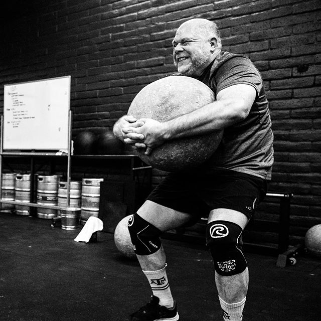 MOVING ROCKS (pt.2) ••• 📷: @davexre . . . . . . . #tcs #traviscountystrength #LIFT #LIFT4women #strengthtraining #strengthandconditioning #strongman #gym #squats #austin #atx #simplenoteasy #leadfromthefront #totallysatisfied