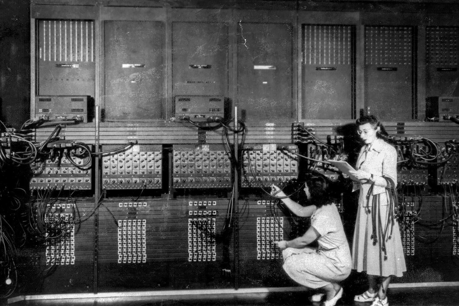 The  ENIAC , the first electronic computer, being developed at the University of Pennsylvania, 1946. (Credit: Apic/Getty Images)