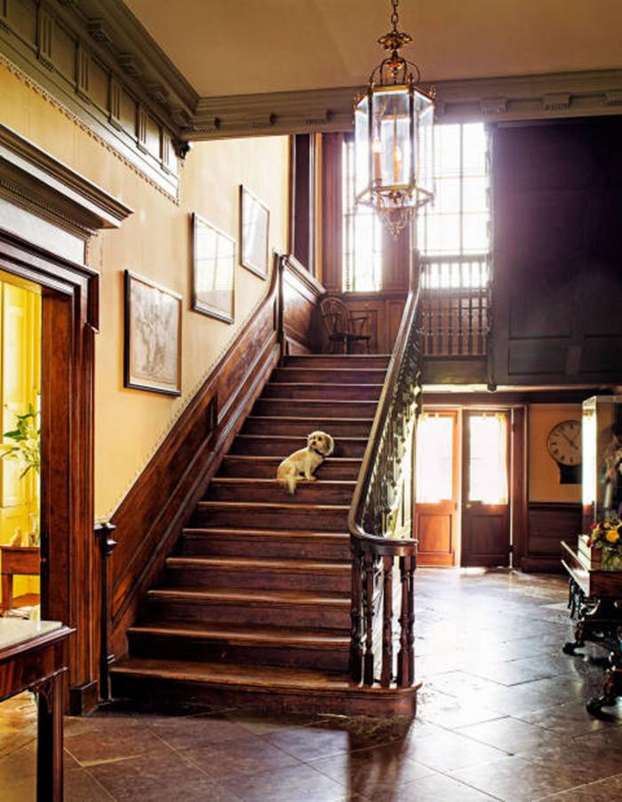 Dean Manigault's front hall