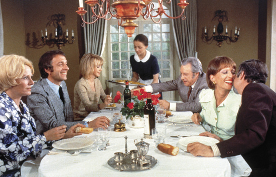 The Discreet Charm of the Bourgeoisie : the opposite of a twenty minute dinner party.
