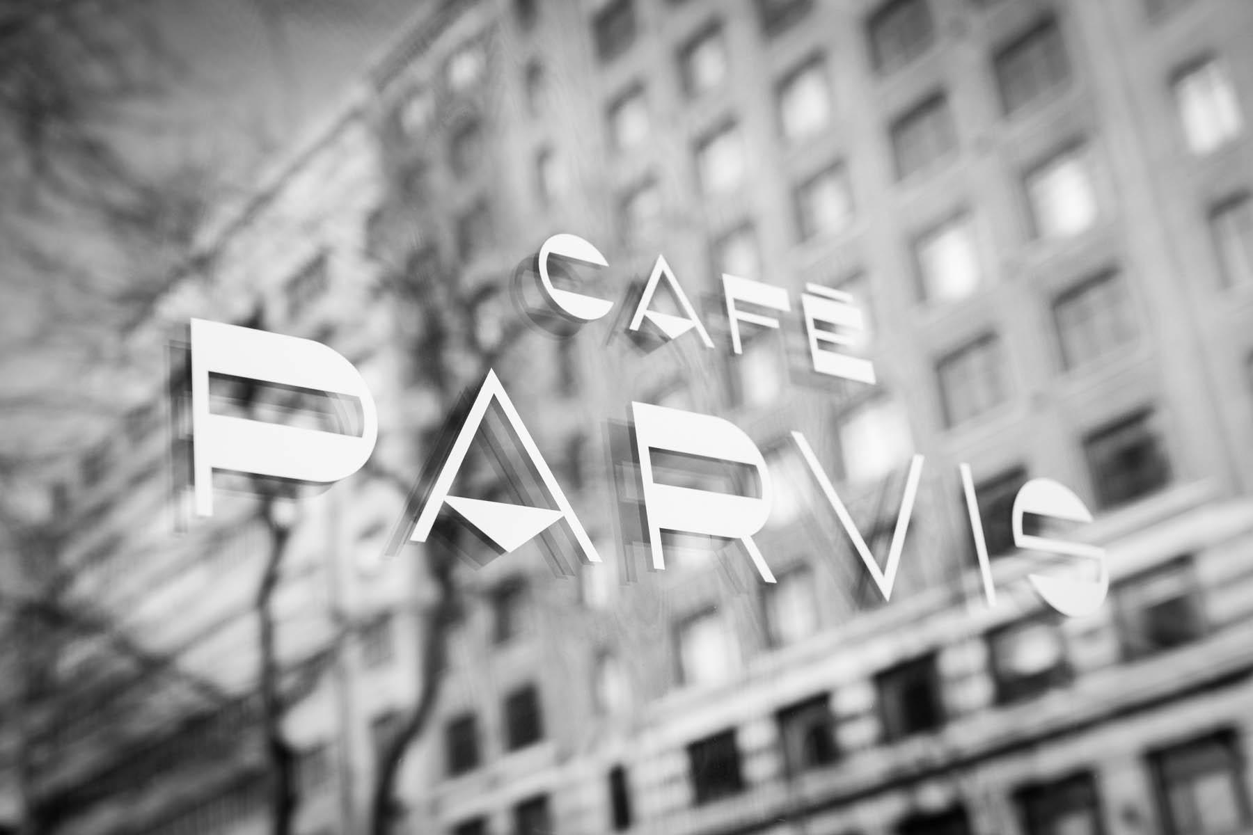 Cafe_Parvis2_ArielTarr