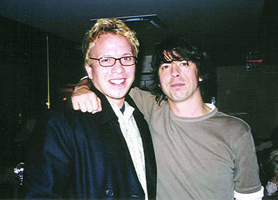 Grant and musician Dave Grohl (Foo Fighters, Nirvana) in Toronto, 2002