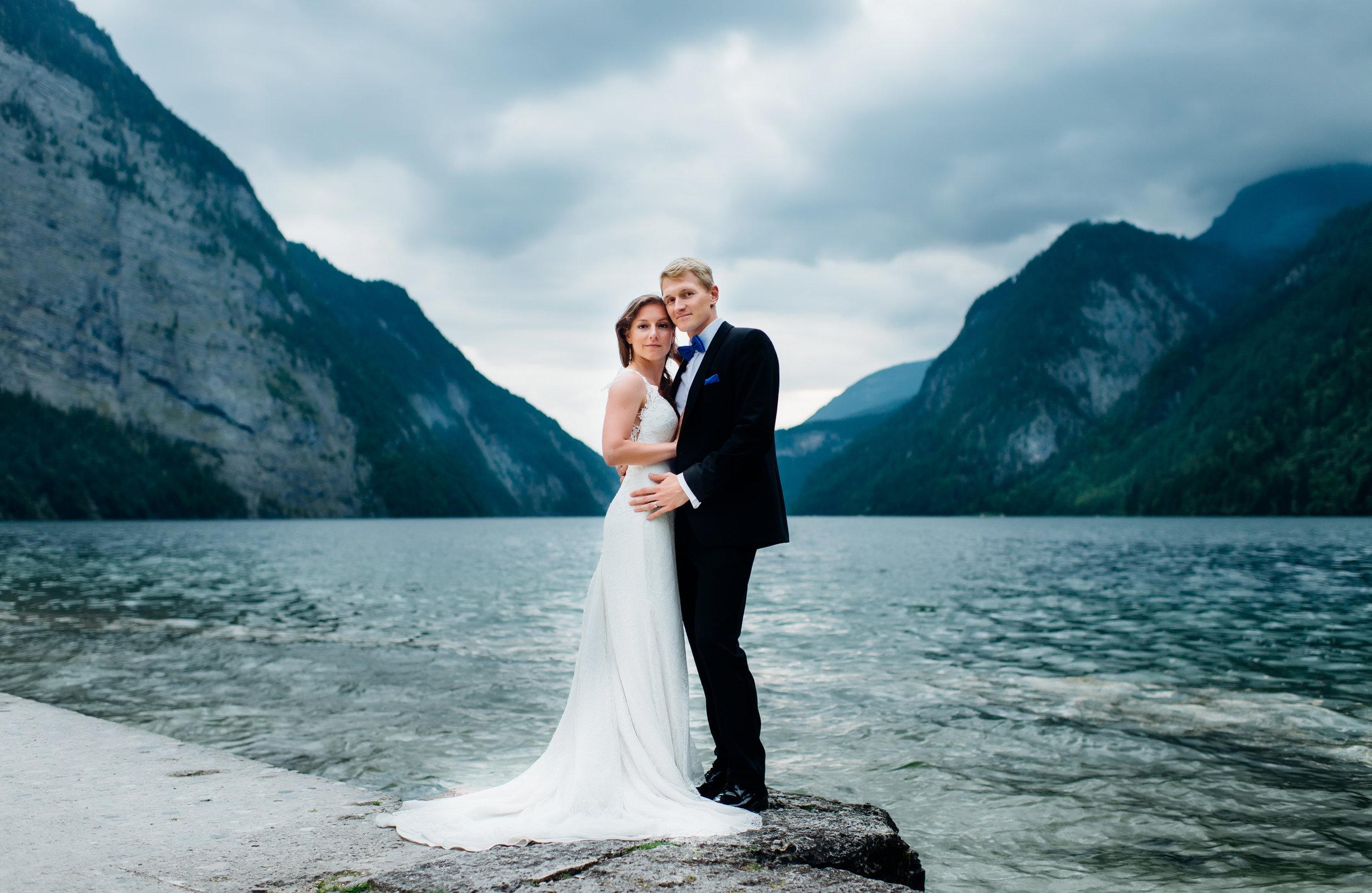 Brautpaarfotoshooting am Wasser