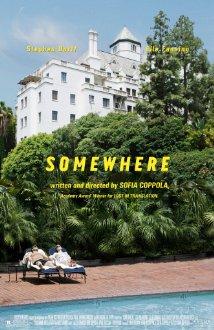Título:  Somewhere  Director:  Sofia Coppola  Escritor:  Sofia Coppola  Cinematógrafo:  Harris Savides