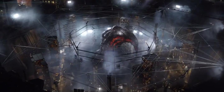 Plano final del Cocoon en la central nuclear. Plano full CG.