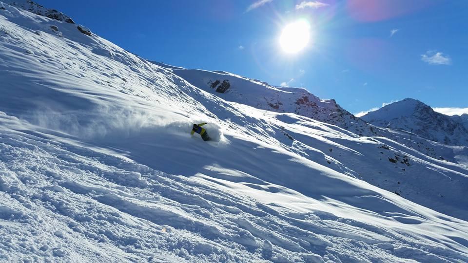 Ski slash.jpg