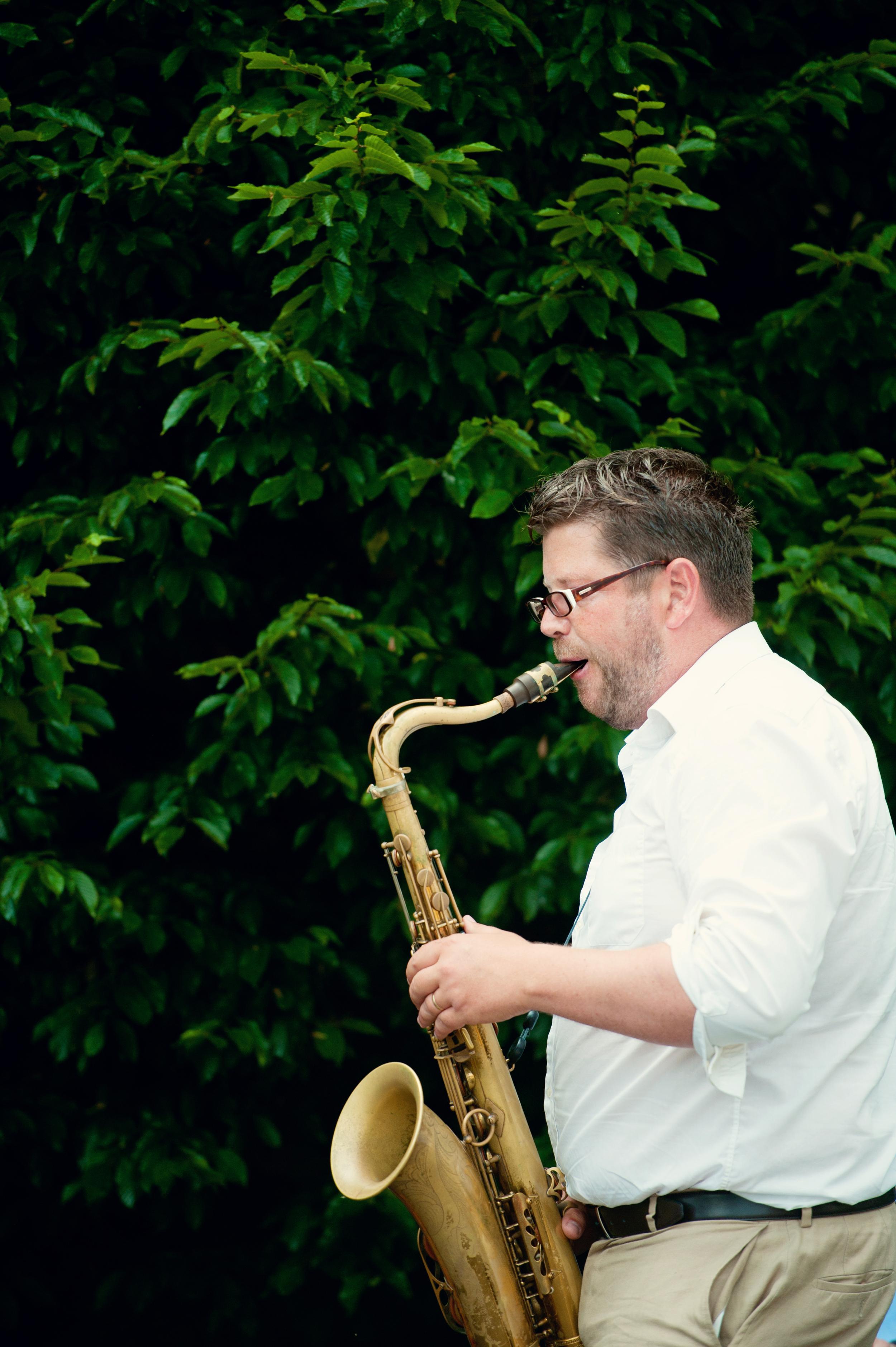 Kilshane House - Wedding Photography Ireland - saxophone player.JPG