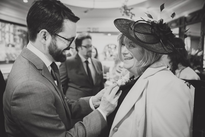 Wedding-in-Dublin-City-Centre-Morrison-Hotel-Wedding-Photography-Dublin-Stylish-City-Wedding189.jpg