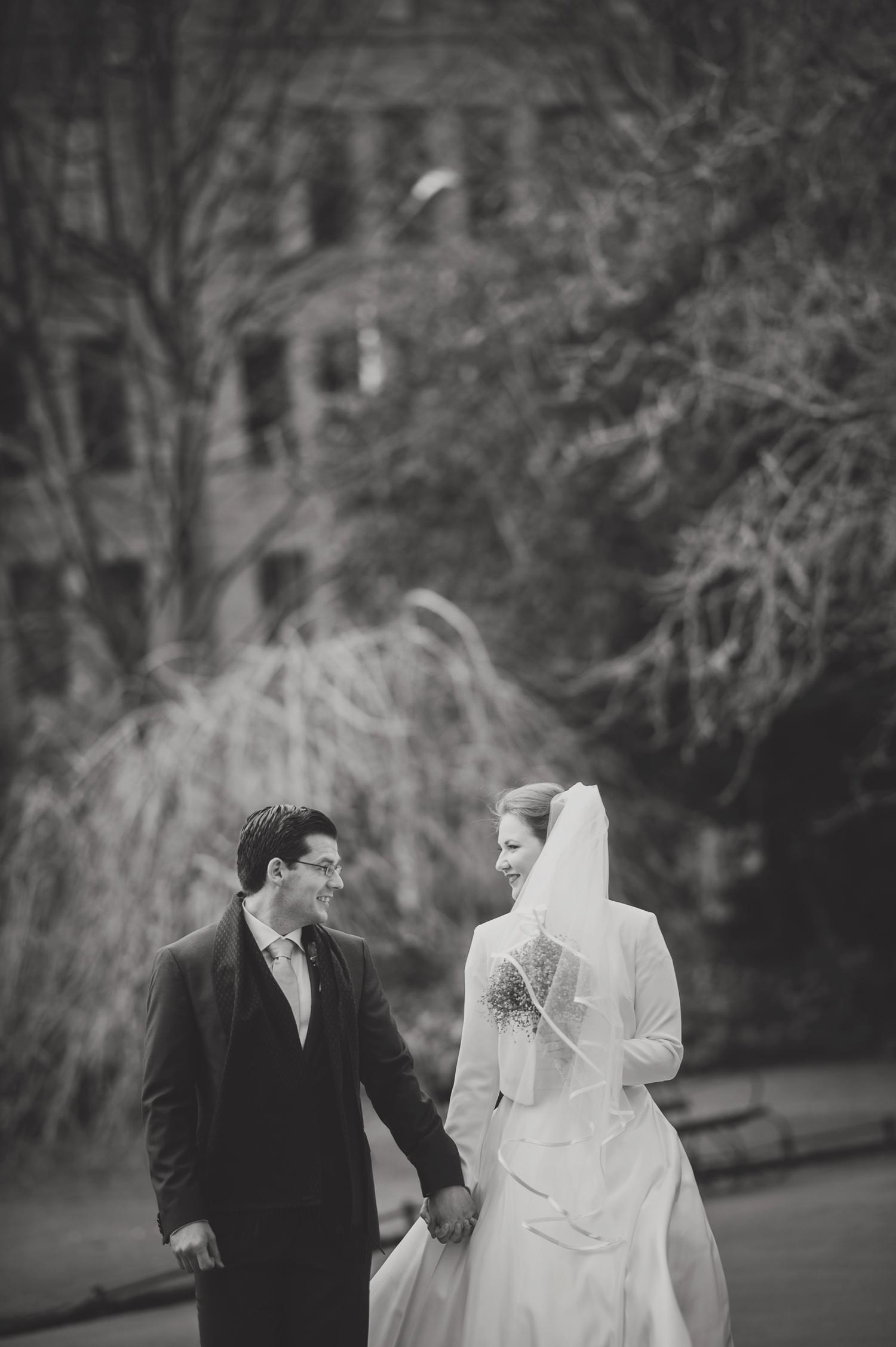 Wedding-in-Dublin-City-Centre-Morrison-Hotel-Wedding-Photography-Dublin-Stylish-City-Wedding238.jpg
