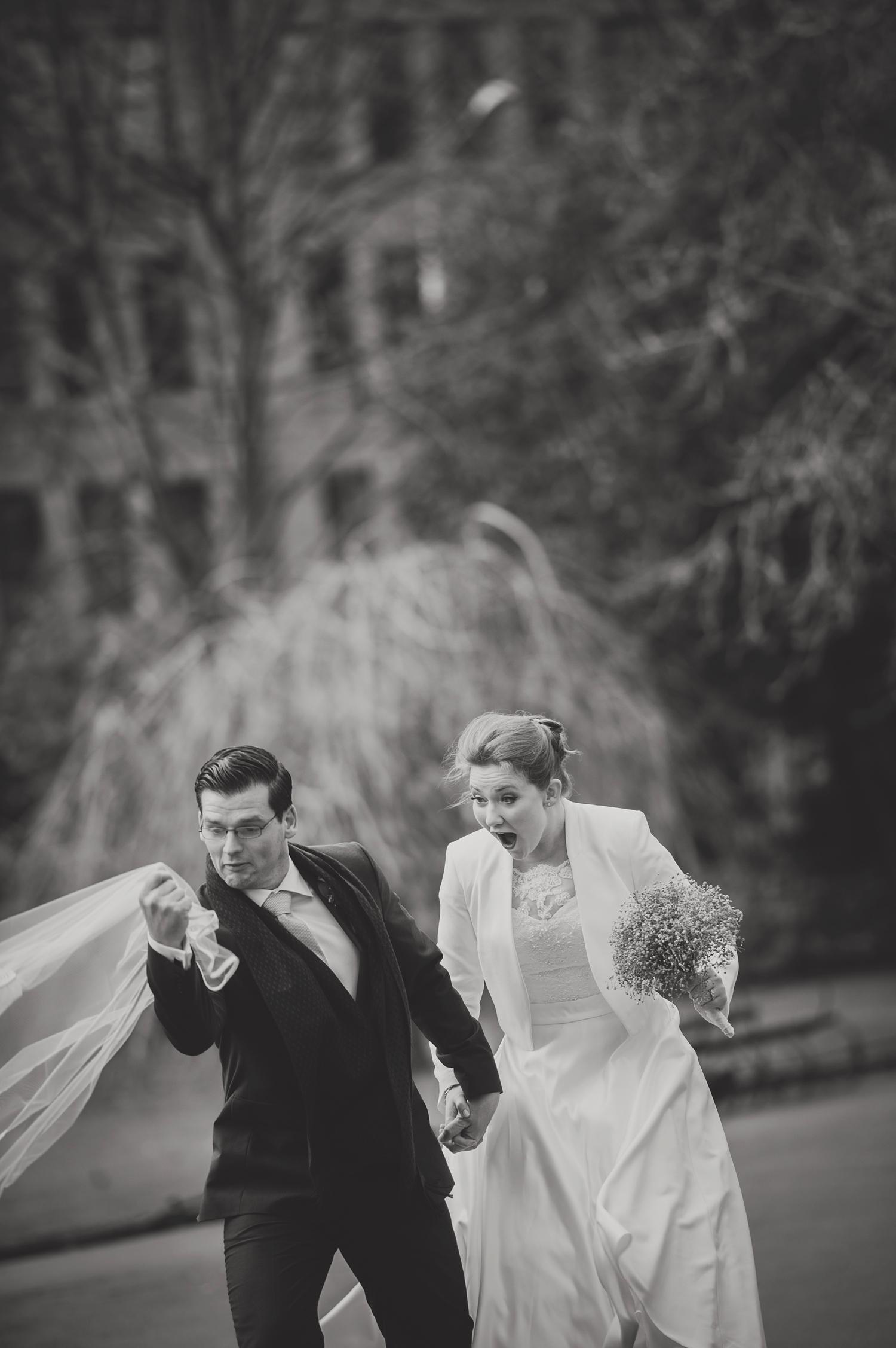 Wedding-in-Dublin-City-Centre-Morrison-Hotel-Wedding-Photography-Dublin-Stylish-City-Wedding241.jpg