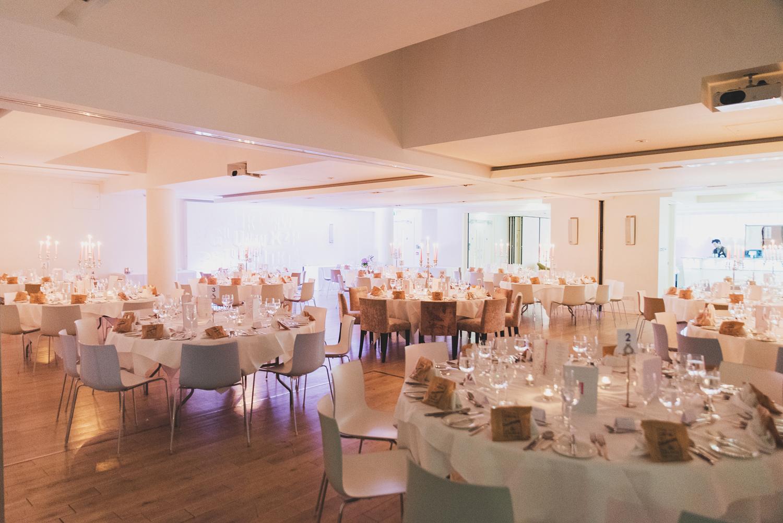 Wedding-in-Dublin-City-Centre-Morrison-Hotel-Wedding-Photography-Dublin-Stylish-City-Wedding273.jpg